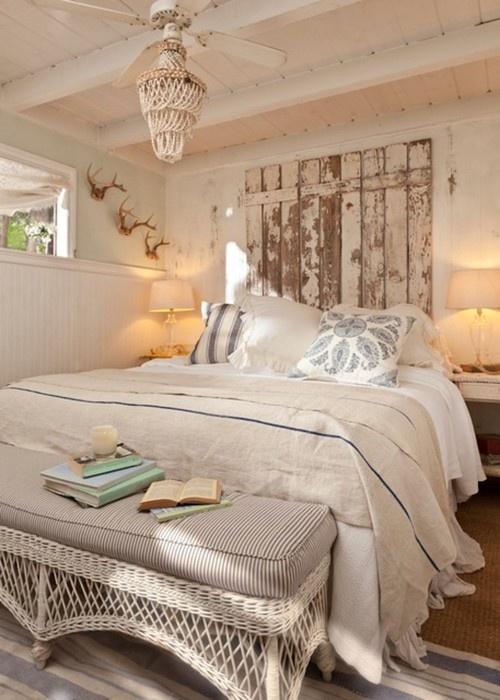Inredning sovrum inspiration inredning for Coastal cottage bedroom ideas